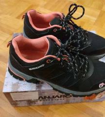 Zenske cipele za planinarenje