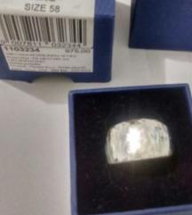 Swarovski prsten %%%% 250kn