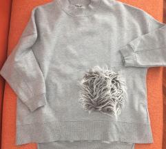 Zara oversize majica vel.s