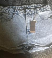 Kratke jtraper hlače