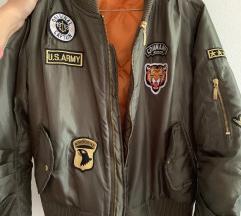Prodajem bomber jaknu