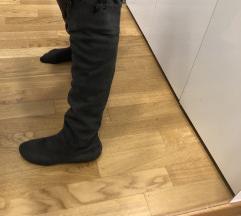 Sive visoke čizme