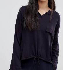 Lagani pulover fini materijal s vezicom