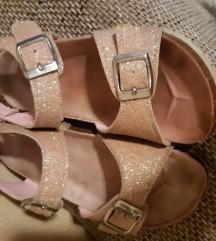 Roze sandale br.30