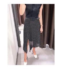 Zara suknja s remenom