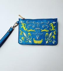 Handmade embroidery plava torbica