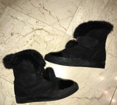 Tople krznene čizme