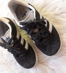 Adidas Gazelle vel 30