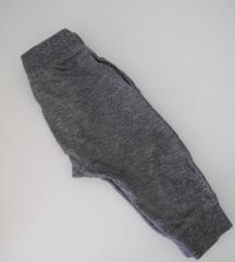NEXT trenirka hlačice vel. 12-18 mj. (86)