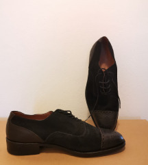 Nove, crne, ručno rađene cipele