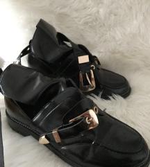 PRODANO Balenciaga čizme