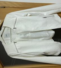 Reserved bijeli blazer