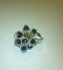 Prsten s perlicama