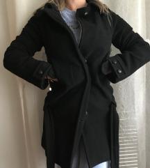 Zara- crni kaput