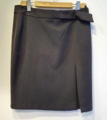 Tamnosiva poslovna suknja
