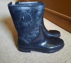 Tommy Hilfiger čizme (nove)
