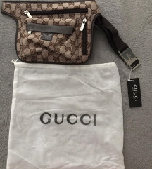 Gucci torbica oko struka