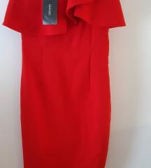 zara crvena midi haljina sa volanom