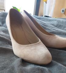 Cipele na punu petu br 38
