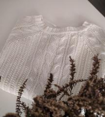 Bijeli džemper*