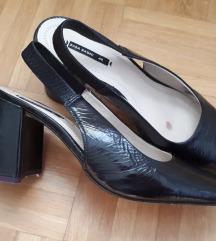 Zara basic lakirane slingback salonke