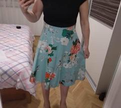 Cvjetna retro haljina - sada 80 kn!
