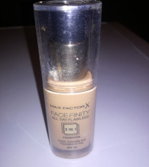 Max factor 3in foundation