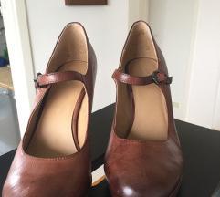 Vintage cipele na visoku petu