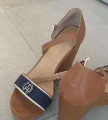 Tommy Hilfiger cipele na punu petu