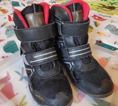 Dječje čizme za snijeg i zimu br. 38