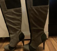 Jessica Simpson čizme sive crne 39
