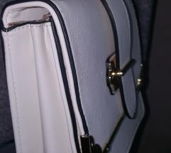 Bijela torbica novo