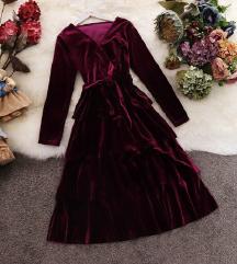 Baršunasta bordo haljina s volanima