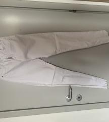 Bijele Bershka hlače