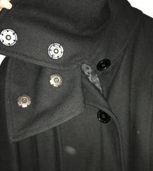 Sisley crni kaputić