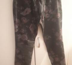 Lagane hlace sive, cvjetne