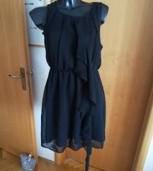 Crna haljinica s ukrasom/ Pt uključena