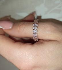 Novi prsten rose gold