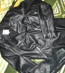 Zara jaknica kao nova