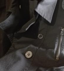 Kratka crna jakna