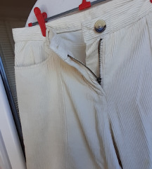 Capri hlače-pumperice L