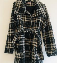 Orsay karirani zimski kaput vel 42