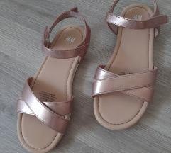 Snizeno!!! 50kn!!! H&M sandale 32
