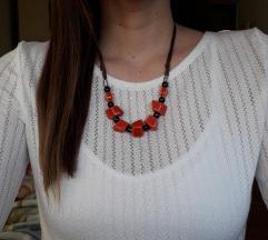 Podesiva crveno crna ogrlica-ručni rad