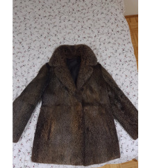 Nova smeđa bunda od pravog krzna (M)