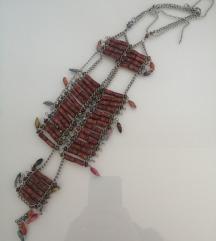 Posebna duga ogrlica
