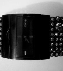 DKNY ženski sat/ narukvica sa Swarovskima