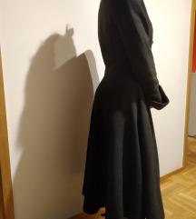 Gothic kaput s brokatnim detaljima