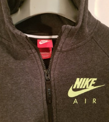 Nike air dukserica dečki 12-13 god