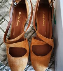 Kožne cipele poluotvorene 39